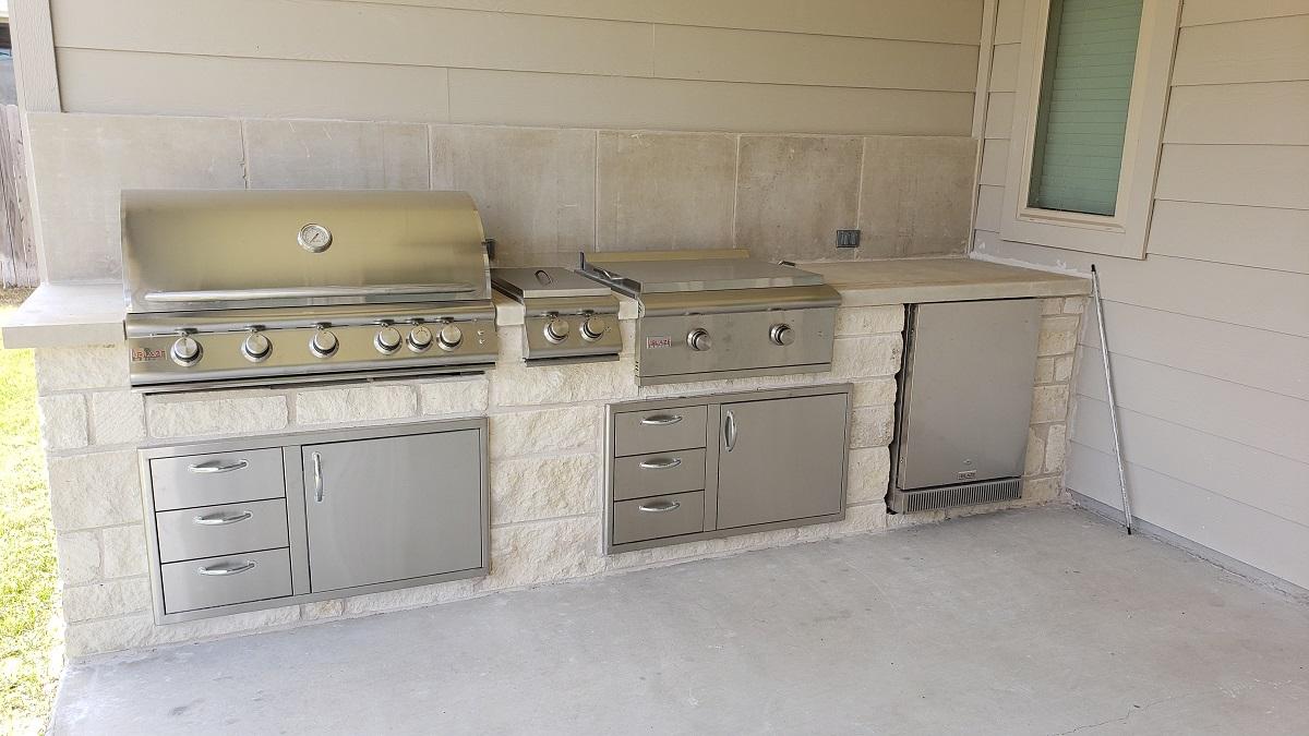 Pflugerville-TX-outdoor-kitchen