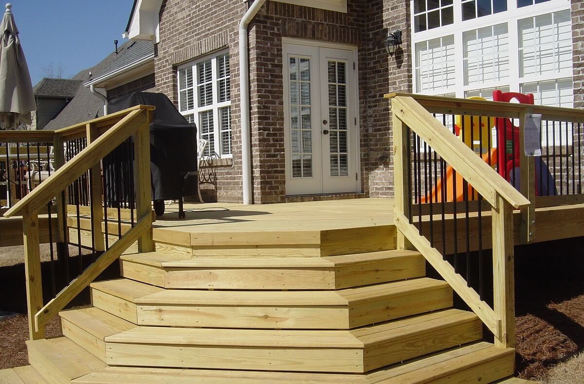 Wood deck with tiered steps
