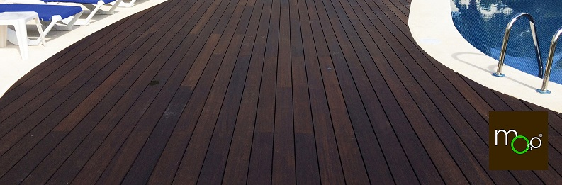 MOSO bamboo pool deck