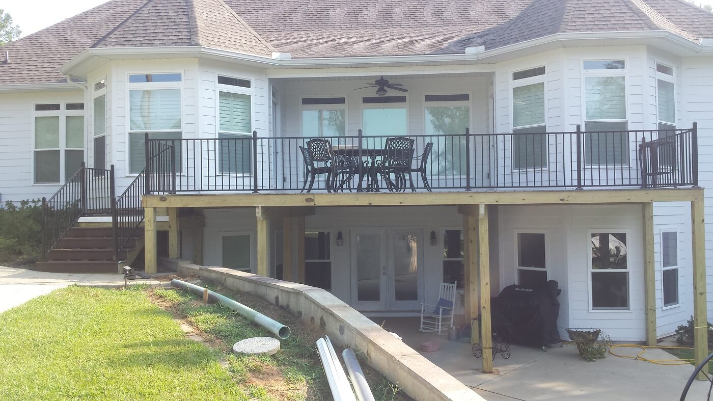 New custom deck with railing and staircase