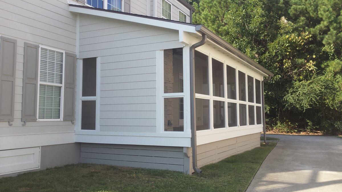 New backyard screened porch