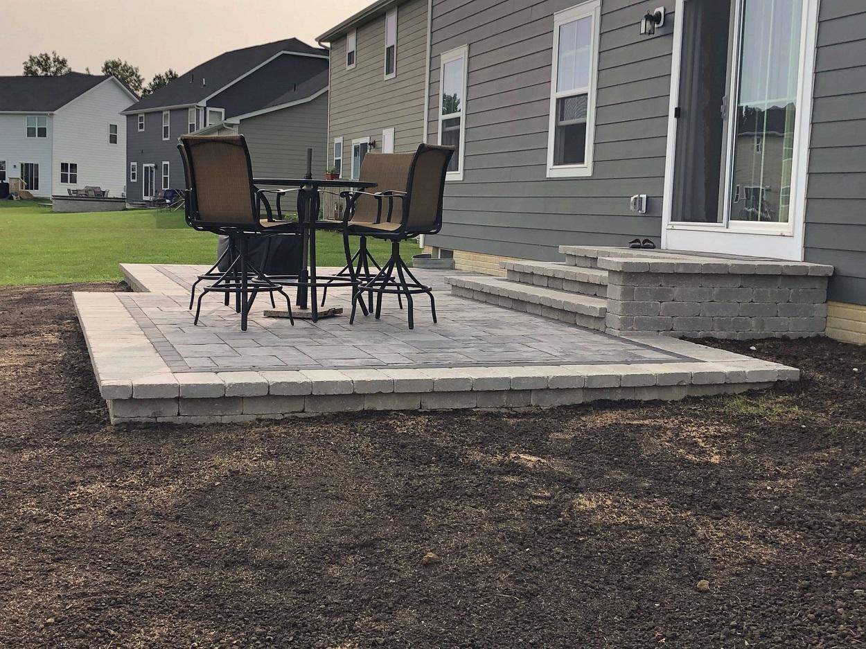Delaware OH Patio Builders 1)