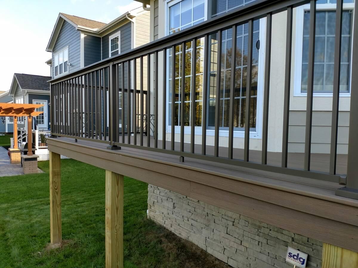 Deck railing details