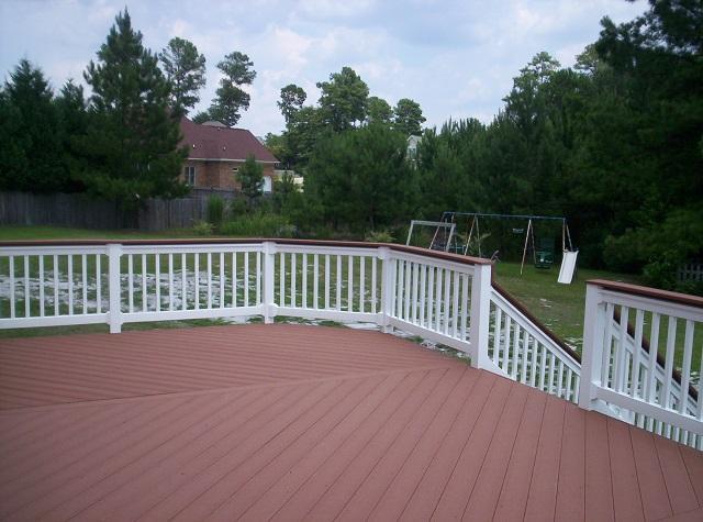 composite deck with vinyl rail