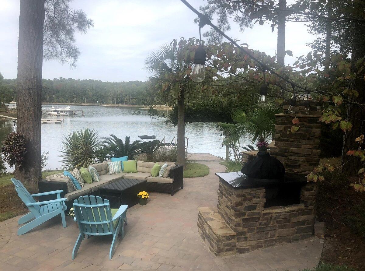 Lakeside cozy custom patio