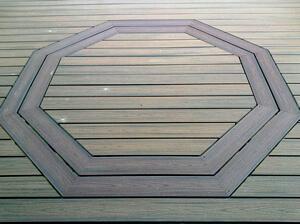 Trex Charlotte Trex Deck in Charlotte with Hexagonal Inlay