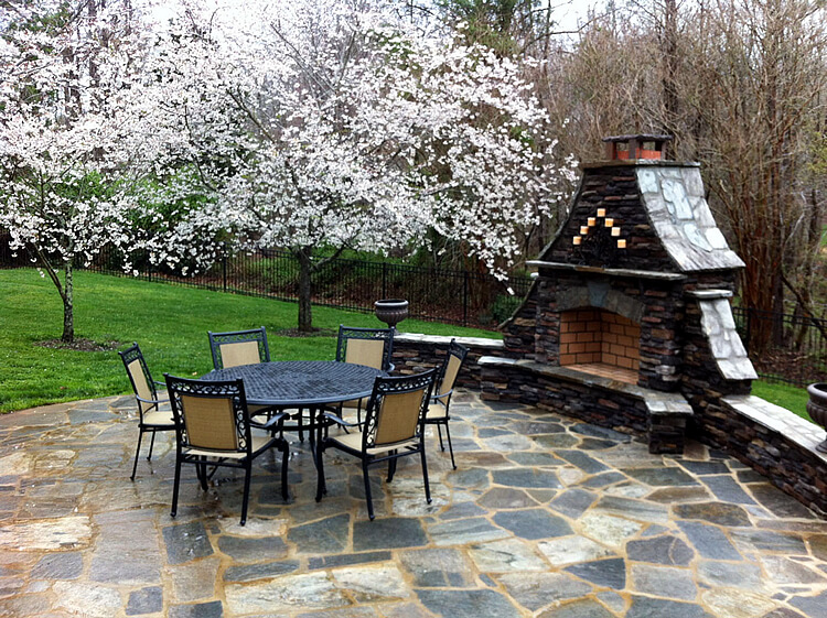 Can I Have A Flagstone Patio Installed In Winter Charlotte NC 1)