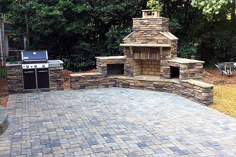 Can I Have A Paver Patio Installed In Winter Southpark Charlotte NC 1)