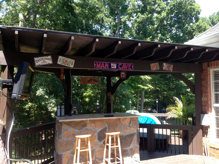 poolside outdoor bar