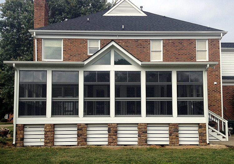 Screened Porch User for Holidays