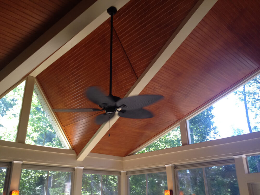 porch ceiling with ceiling fan