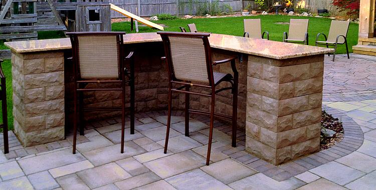 Custom outdoor kitchen bar