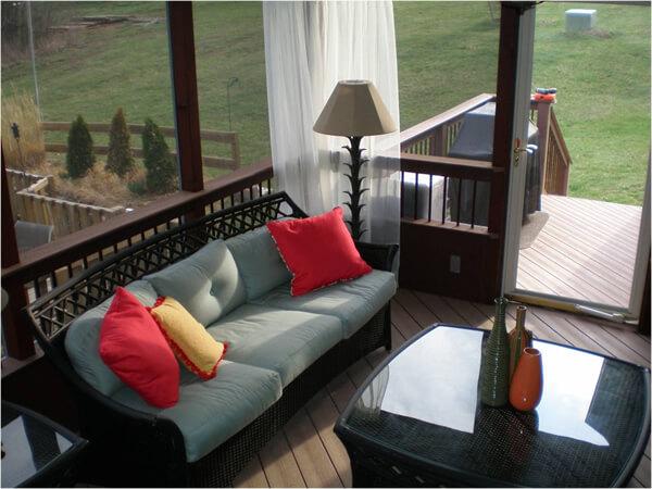 cozy screened deck