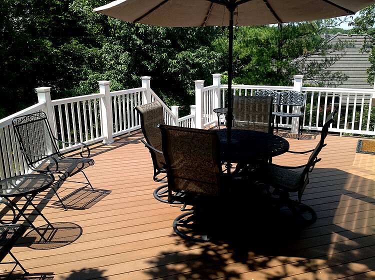 Seating area with cover on deck