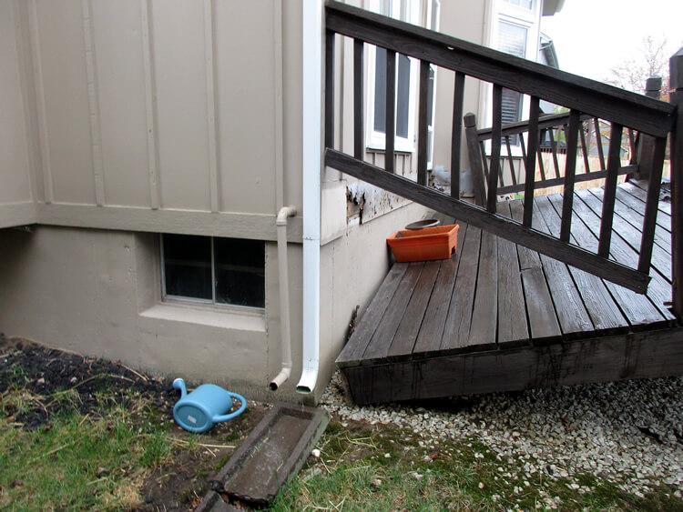 Collapse deck