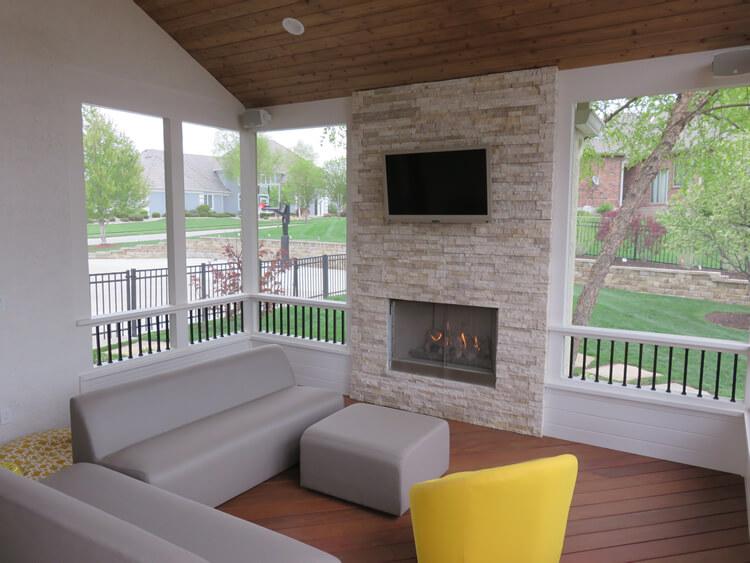 Minimalist screened porch