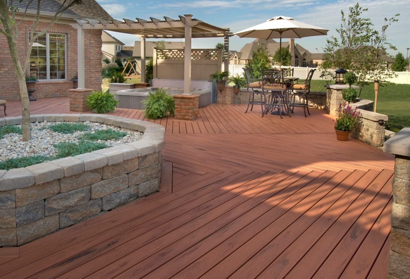 outdoor spa and patio