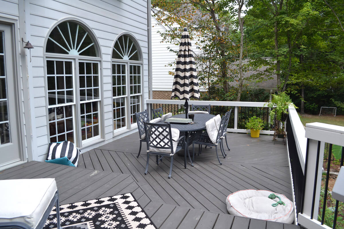Multi Level Raleigh Deck Dining Area
