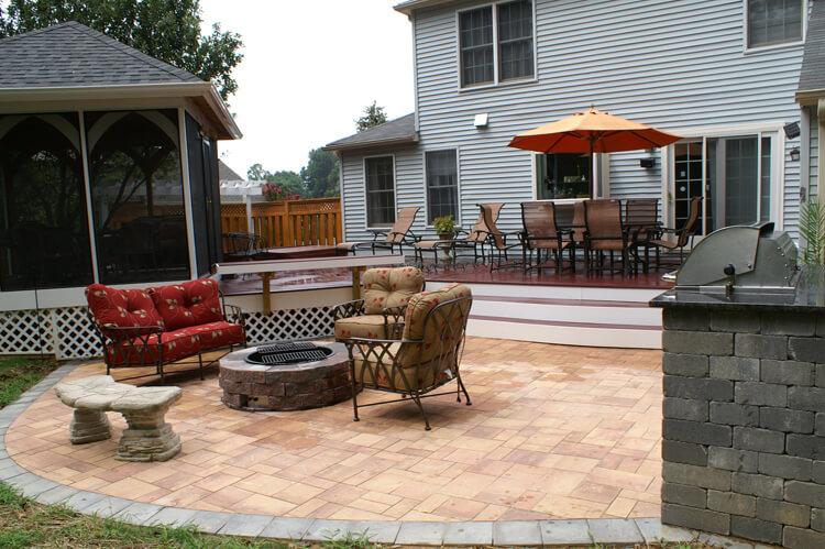 Hardscape patio with firepit & deck