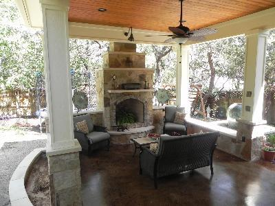 Pergola and outdoor fire feature