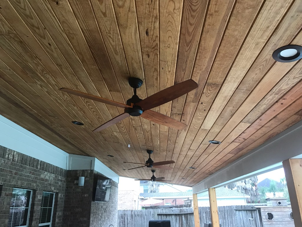 Custom pine tongue and groove ceiling in Friendswood, TX